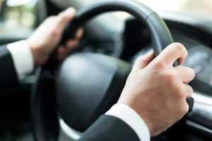 """Kriterium für bußgeldpflichtiges """"Drängeln"""" im Straßenverkehr"""